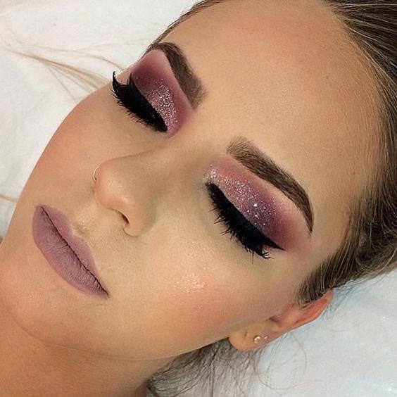 Maquiagem para Debutantes com Glitter é pura delicadeza!